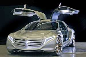 The Mercedes-Benz F125! Brings Luxury to the Green Car Game