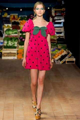 Moschino Cheap and Chic Spring 2012