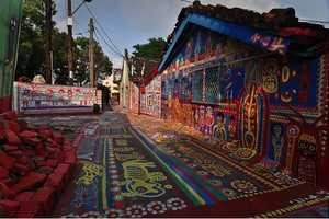 The Taiwan Rainbow Village Transforms War into Art