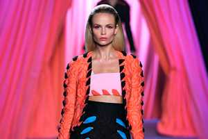 The Viktor & Rolf Spring 2012 Collection is Playful and Fun