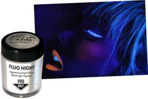 Makeup Forever Flou Night is Undetectable to the Naked Eye