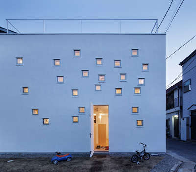 House RoomRoom by Takeshi Hosaka Architects