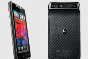 Motorola Droid RAZR Gives an Old Classic a Major Makeover