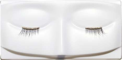 1,350 False Eyelashes