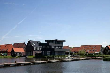 Contemporary Black House by BBVH Architecten