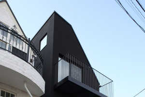 The House Contrast by Key Operation is Narrowly Designed