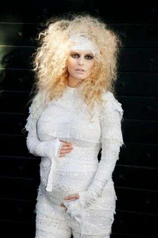 Jessica Simpson mummy costume