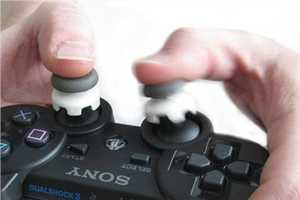 KontrolFreek Helps Improve Dexterity and Brings Comfort