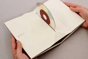 Pago de los Capellanes DVD Packaging is Paper-Folded Ingenuity