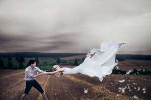 Luke Sharratt Finds in the Air a Beatiful Force to Express His Feelings