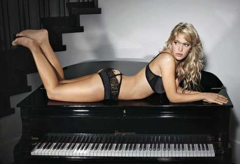 Ultimo Lingerie Christmas 2011