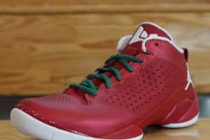 Jordan Fly Wade II Christmas Day Edition Celebrates with Festive Colors