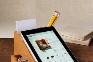 The Bamboo iPad Station Props Your Tablet for an Easy Study Session