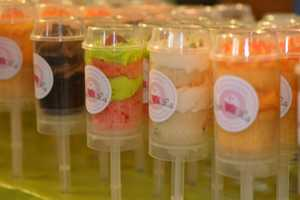 These Cupcake Push Pops Are Mess Free Way to Enjoy Your Favorite Treat