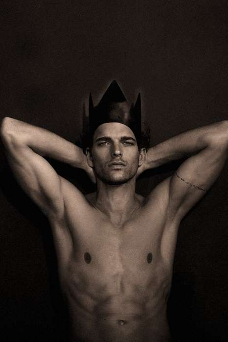 Crowned Monochromatic Portraits - The Michael Gstoettner Fashionisto Exclusive is Captivating