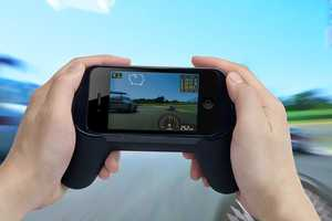 Tunewear GameHandle 2 Makes Mobiles More Comfortable for Gamers