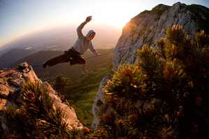 Fabrice Wittner Photographs a Group of Slackliners in Action