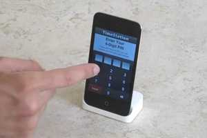 The Timestation App Lets Employees Clock in on an iPhone