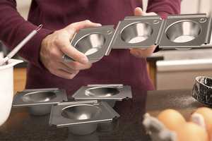 The Batch Cupcake Tray Comprises a Collection of Linked Molds
