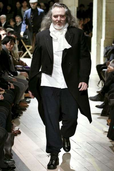 Aging Scholar Runways - The Yohji Yamamoto Fall/Winter Show is Impeccably Layered