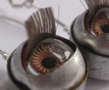 Recycling Retro Pop Culture For Modern Jewelry - Earrings Made of Doll Eyes