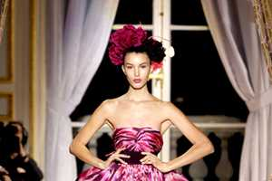 The Giambattista Valli Spring 2012 Haute Couture Collection is Chic