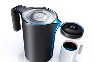 The HJC Design Cordless Kettle Gives Tea Time a Futuristic Makeover
