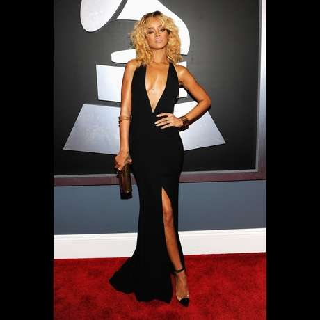 Sensational Somber Frocks - The 2012 Grammy Red Carpet Saw Plenty of Seductive Black Outfits