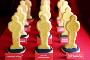 Bakerella Prepares For the Oscars with These Biscuit Awards