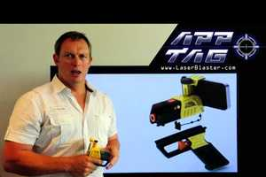 AppTag Laser Blaster Turns Smartphones into Toy Guns