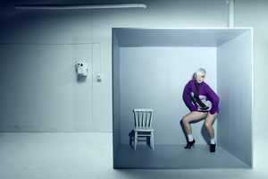 Johan Renck 'Perfect' Photography Thinks Inside the Box