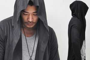 The Spring Ver Diabolic Cape Coat from Guylook Offers Avant-Garde Style