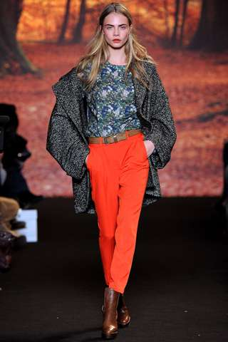 Rocking Red Runways - The Paul & Joe Fall 2012 Collection is Retro-Inspired