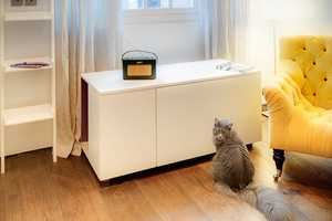 The 'Catteux' Litter Box Keeps Your Place Clean