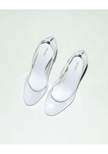 High-Fashion Cinderella Slippers