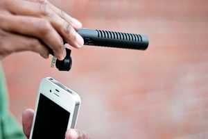 The iPhone 'Boom Mic' Improves Cellular Sound
