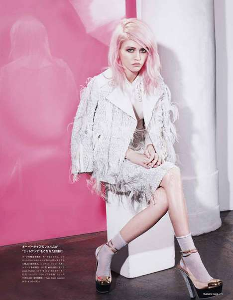 Posh Pink-Haired Pictorials