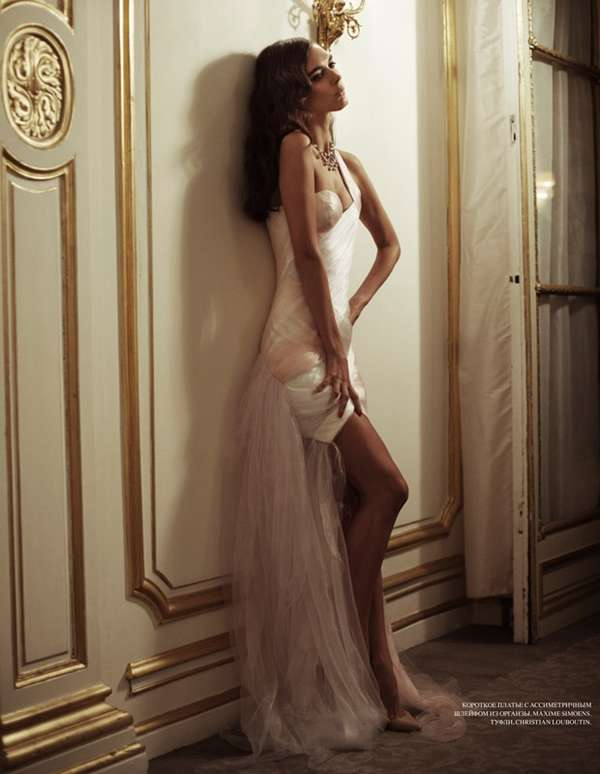 Glamorously Gowned Galleries 10