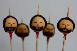 These Game of Thrones Cake Pops are Bloody Delicious