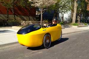 The Blue Velo Hornet Gives a Power Boost to Traditional Velomobiles
