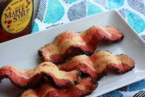 These Bacon Cookies Offer a Sugary Sweet Impression of the Real Deal