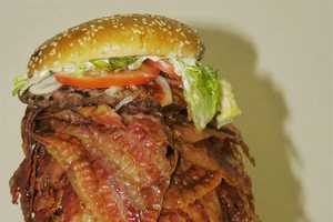 The 1050 Bacon Burger is the World's Most Unhealthy Dish