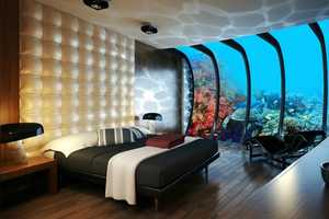 The Water Discus Underwater Hotel Allows You to Vacation in the Sea