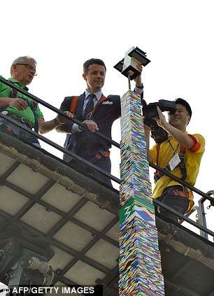 worlds tallest lego tower