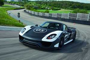 The Porsche 918 Spyder Hybrid is Fuel Efficient
