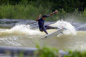 The Instant Sport Wavegarden Provides an Inland Surfing Solution