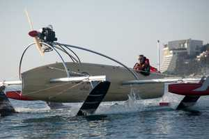 The Wfoil 18 Albatross Glides Across the Water With Ease