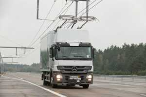 Siemens eHighway Trucks are Powered by Overhead Electrical Wires