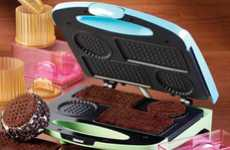 Double-Decker Dessert Makers - 'Nostalgia Electric' Ice Cream Sandwich Maker Yields Deli