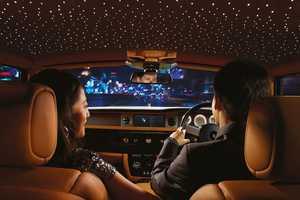 The Rolls Royce Starlight Headliner Imitates the Night Sky